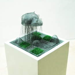 Hard-rain2012-screenartificial-turfwoodwire29x29x29cms